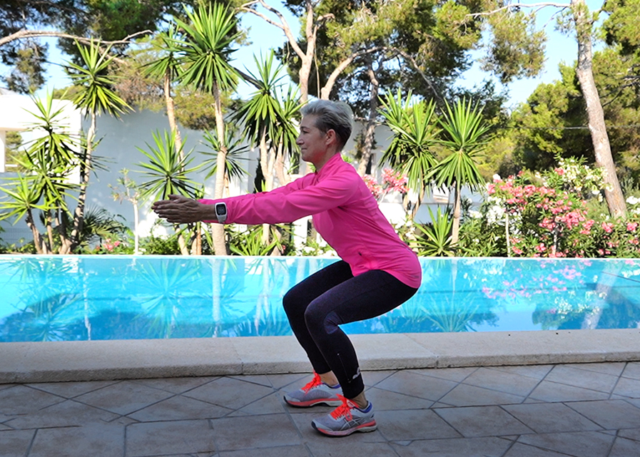 Lunge_Squat_Lunge_test_Marina_Aagaard_fitness_Pool_Mallorca