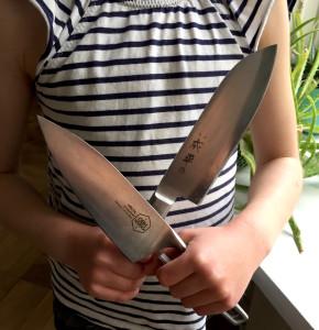 ester knive