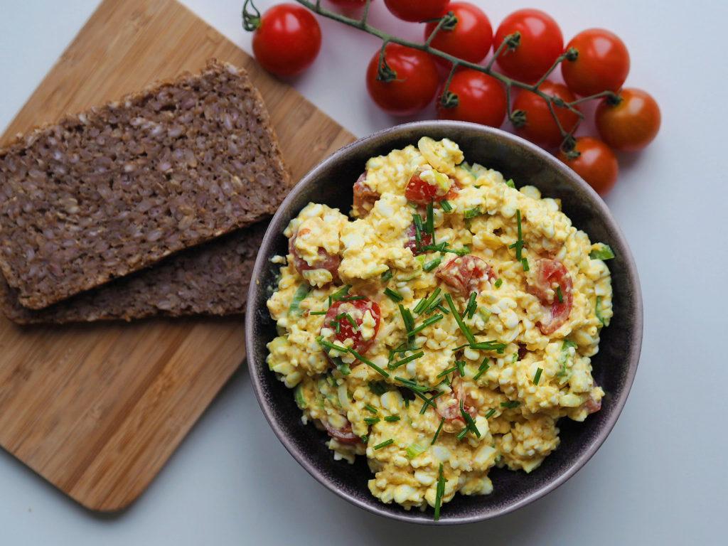 Sund æggesalat med hytteost