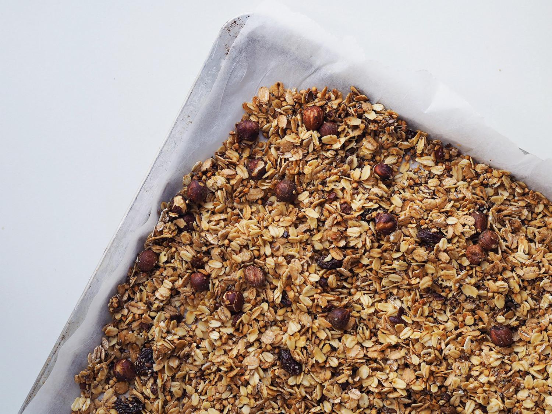Granola med frø, kerner og flager