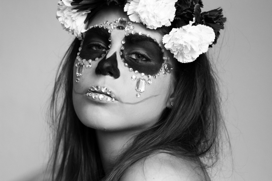 sugar skull, halloween, halloween makeup, diamond sugar skull, flower crown, skull makeup, panduro hobby