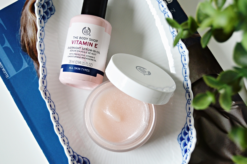 The Body Shop Vitamin E Serum Aqua Boost Sorbet