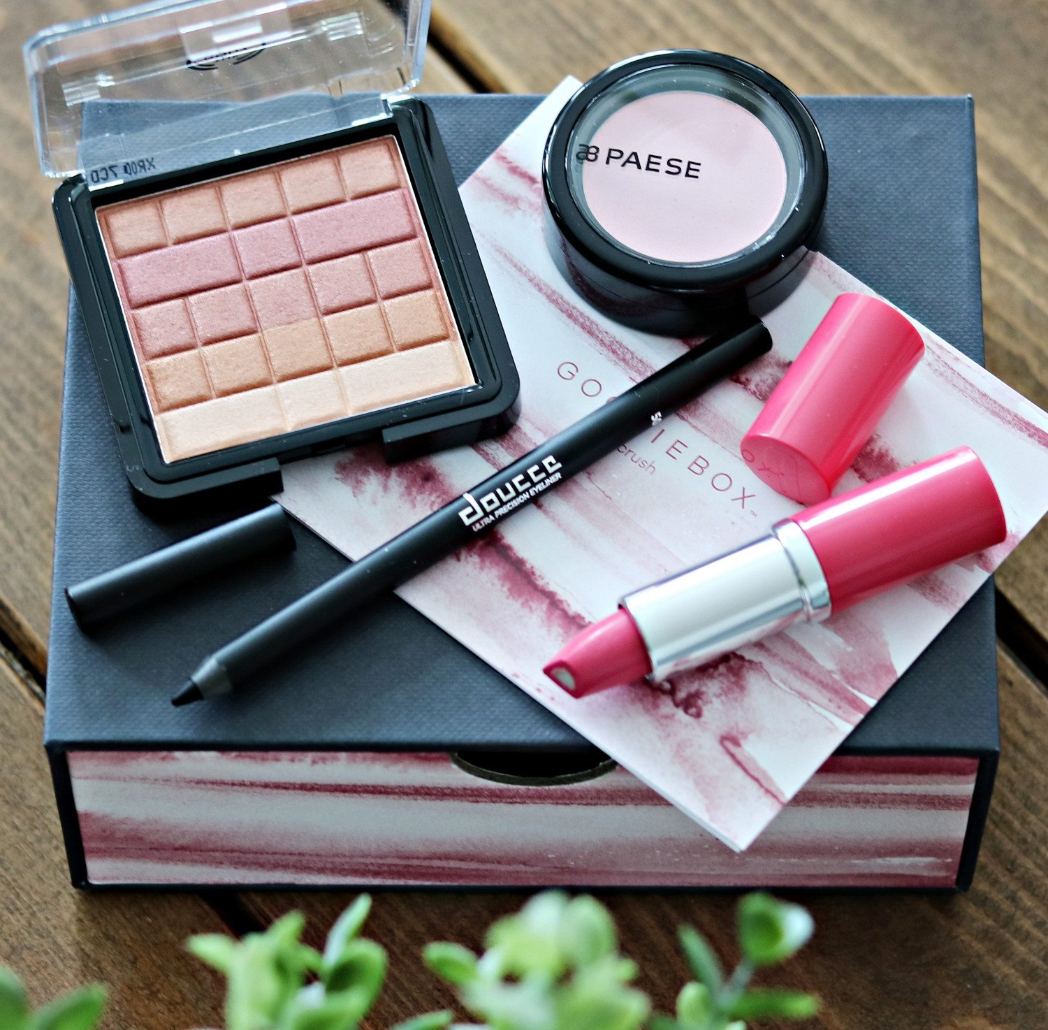 Goodiebox Crush Box Rosy Glow
