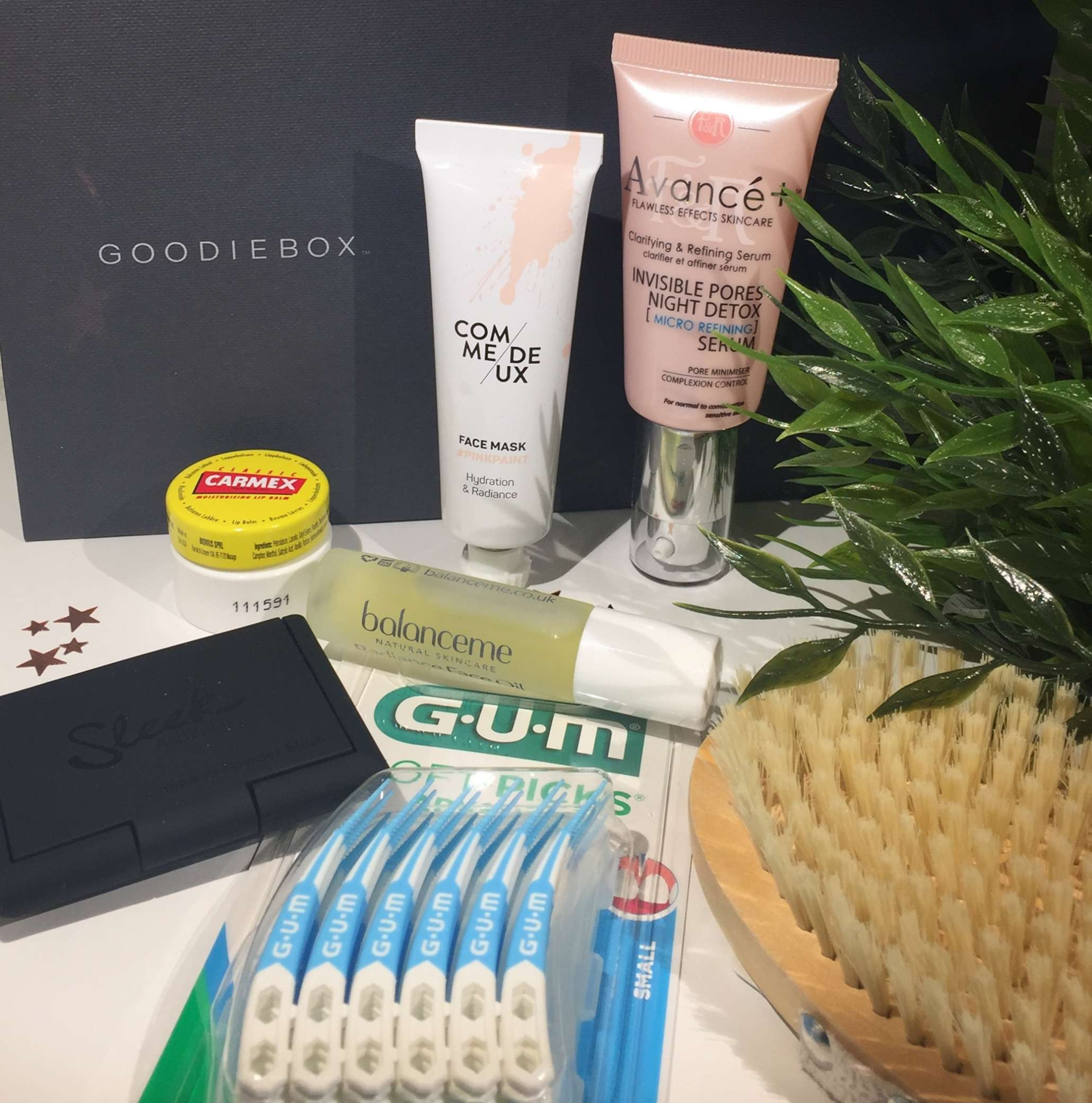 Goodiebox, Goodiebox DK, Goodiebox Danmakr, Sleek, Comme Deux, carmex, Figs & Rouge, Balance Me, Coolcare, Sunstar, Krummeskrummelurer