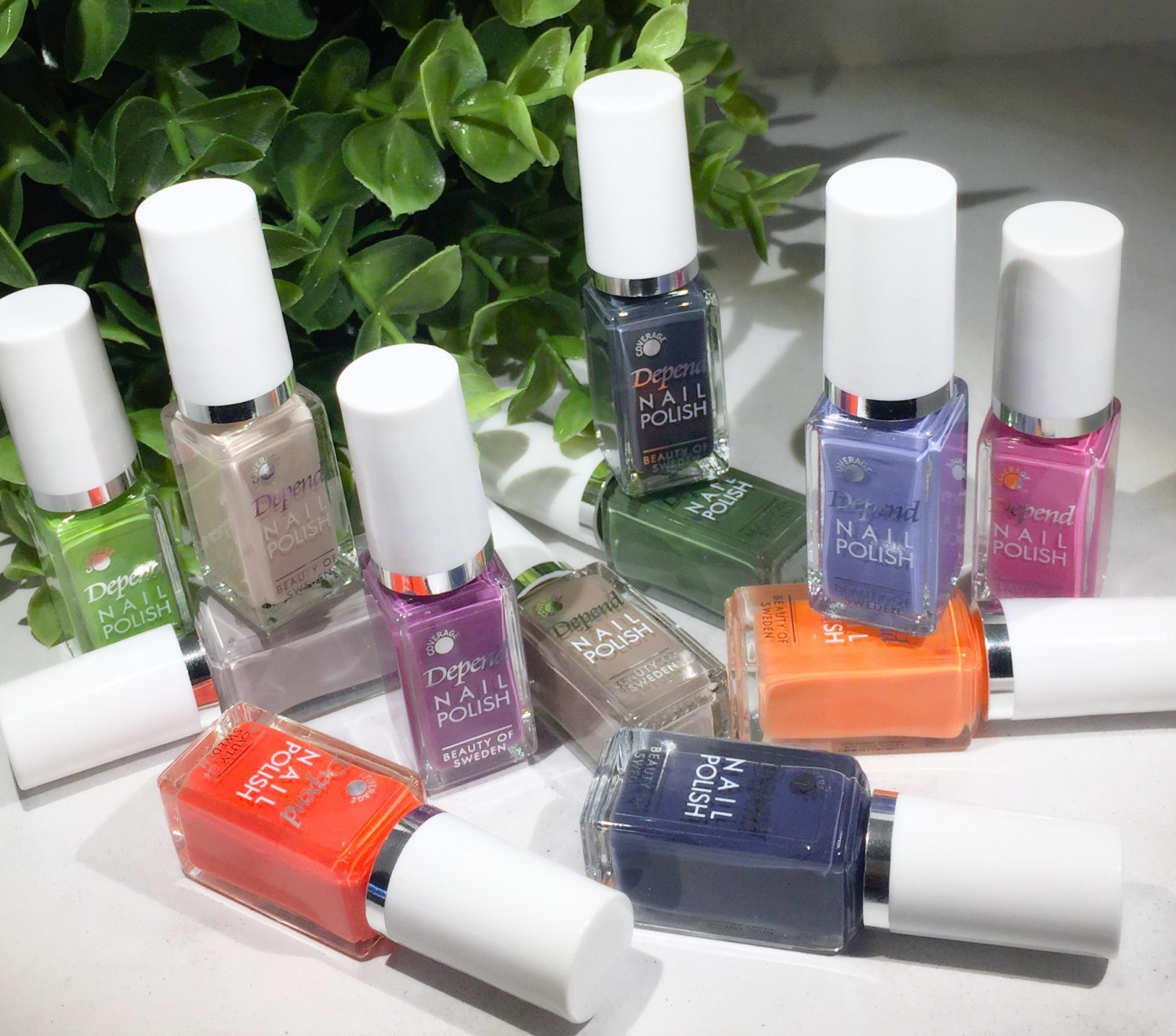 Depend, Depend Cosmetic, Depend Cosmetic Autumn 18, Minilakker, Depends Minilakker, Whoever Whatever, Efterår 2018, Swatches, Swatch, Seatches Minilakker,