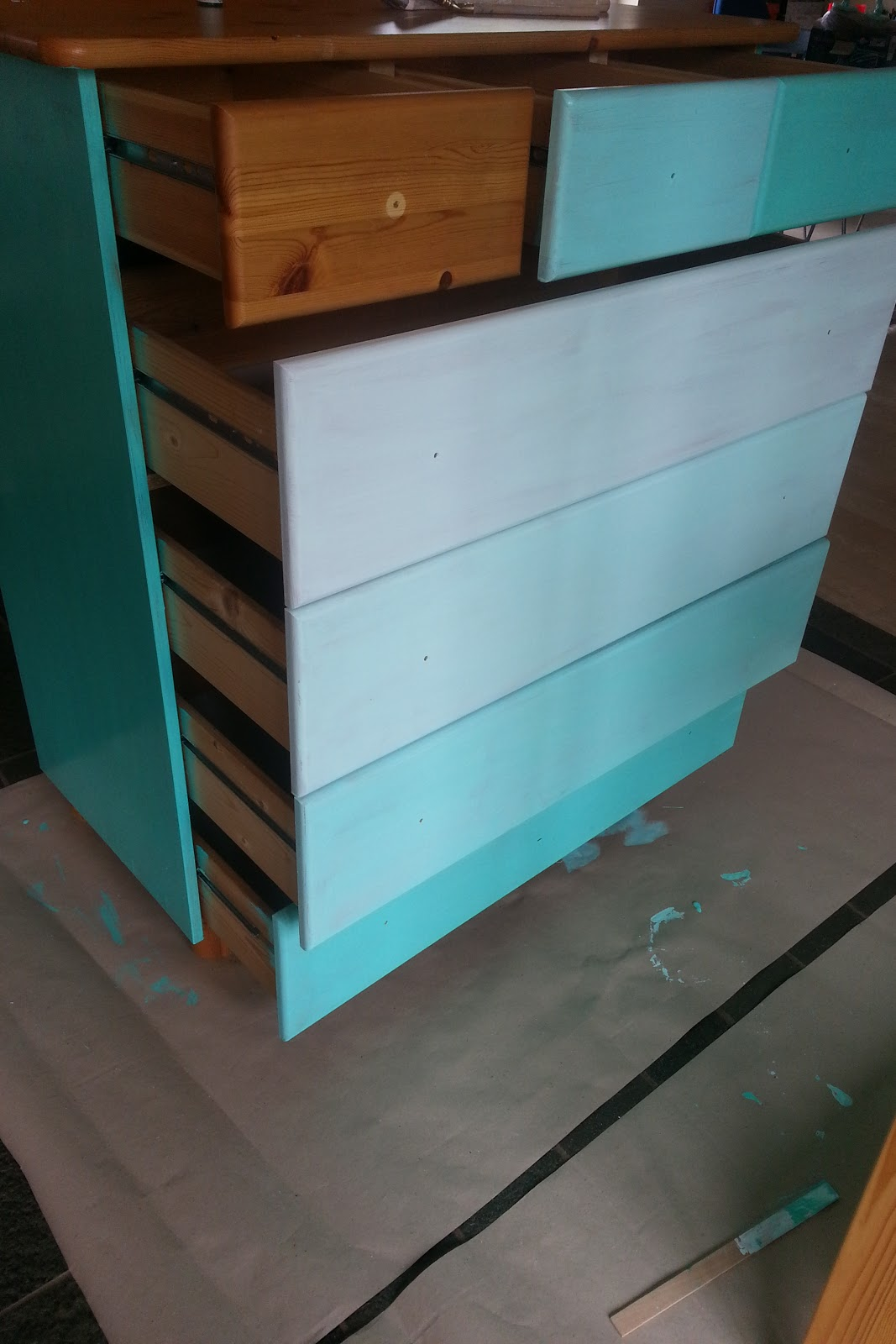DIY malet kommode