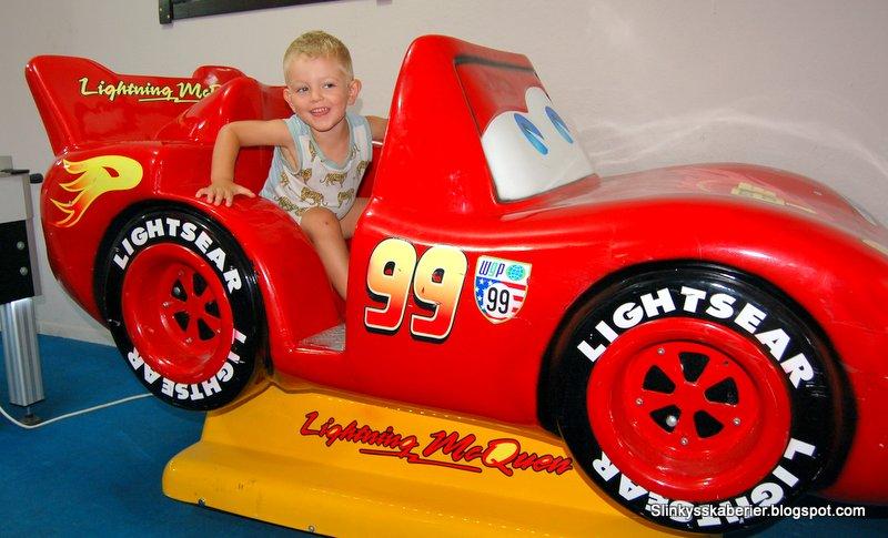 Lynet McQueen bil