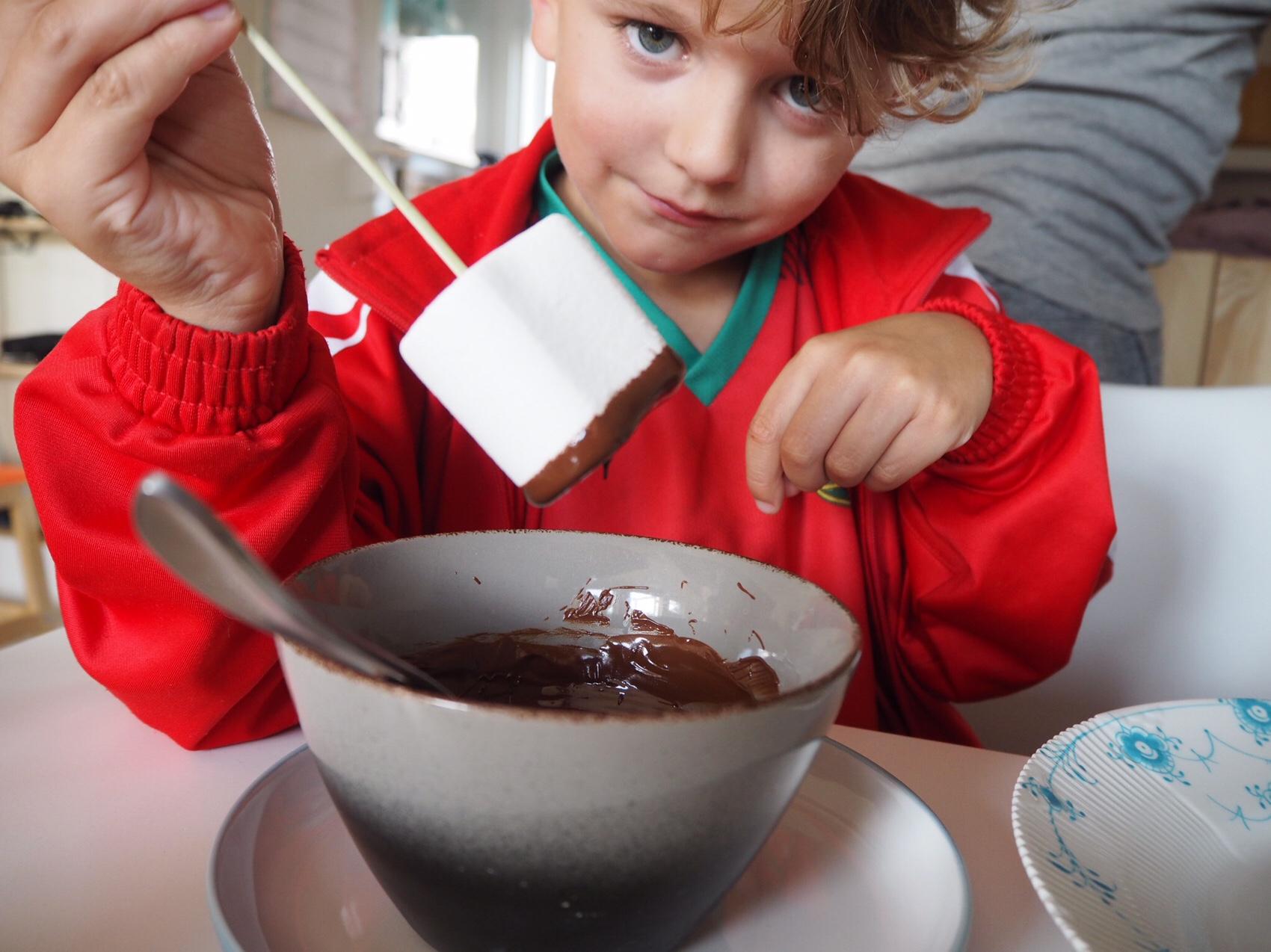 Skumfiduser med chokolade og krymmel