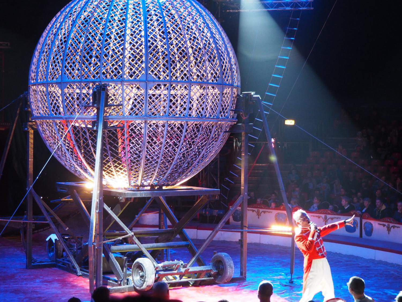 Cirkus Arena med familien