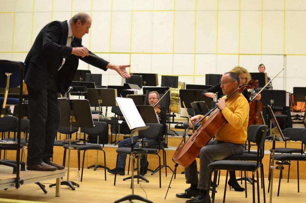 Fra Symfonien til Musikkens Hus 5 Frans Rasmussen
