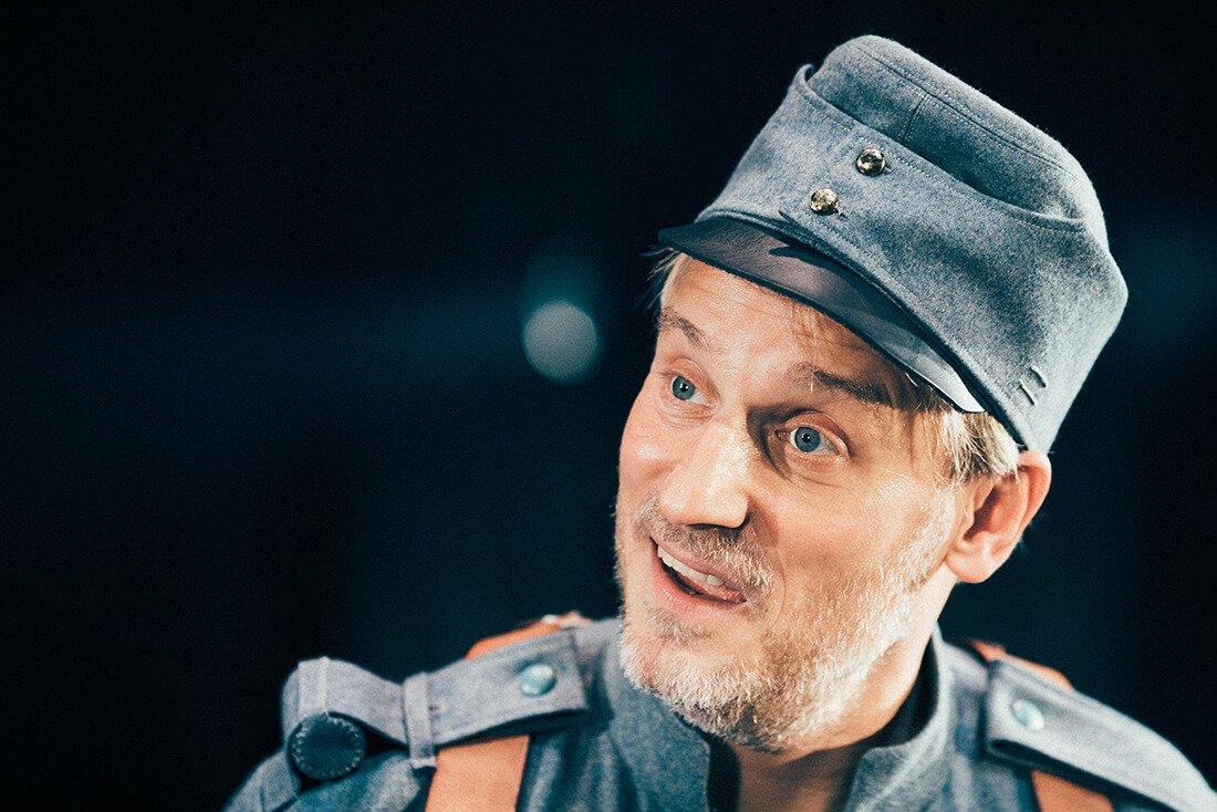 Svejk Norrebro Teater Rasmus Botoft 2 kulturformidleren_dk