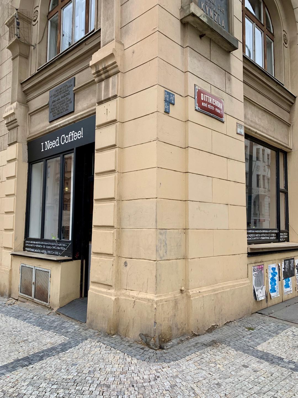 Den bedste kaffe i Prag, kulturformidleren - 3.jpg I Need Coffee!