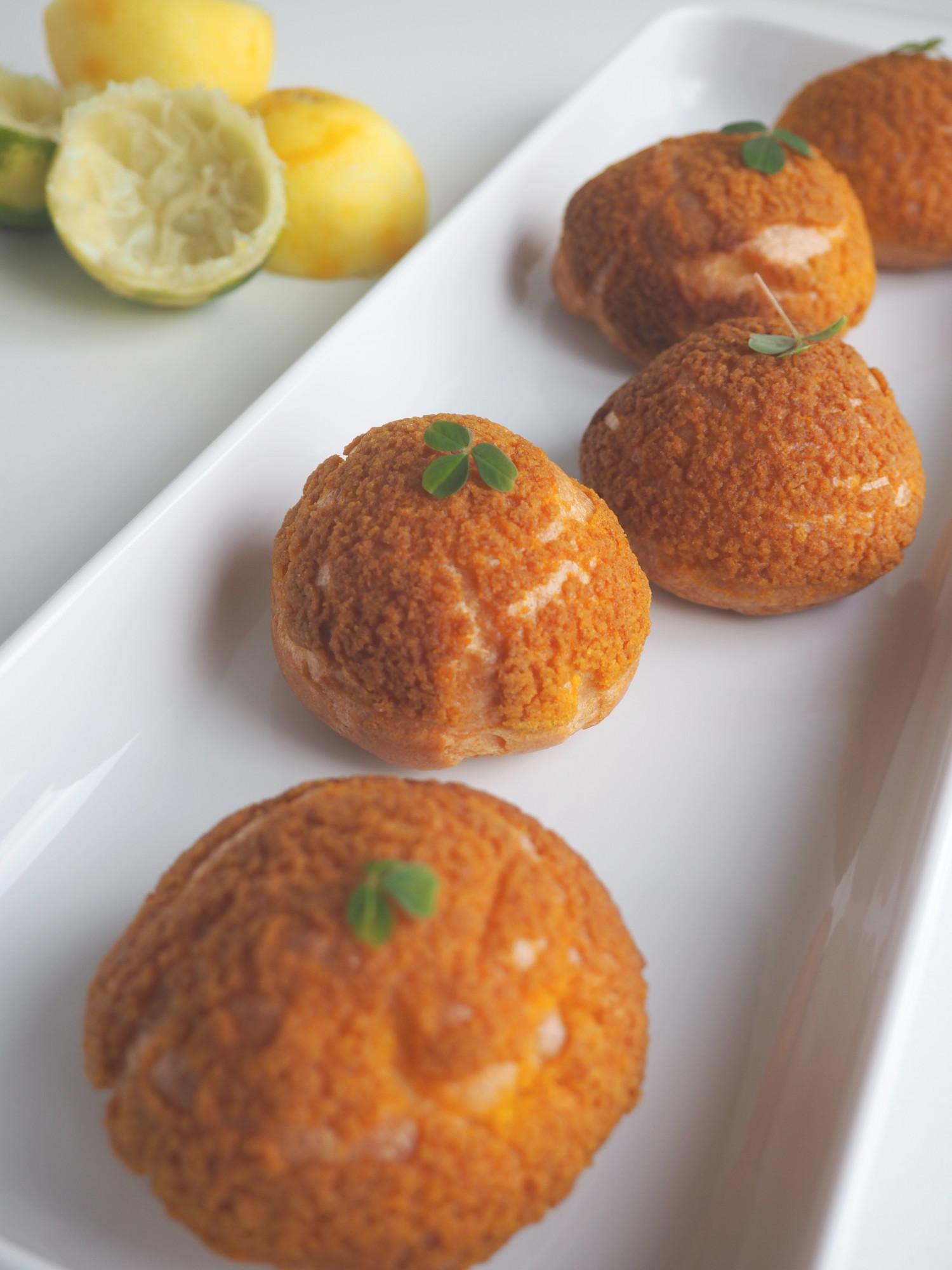 Choux au craquelin med lemon-limecurd og marengs af Rebekka Mikkelsen fra MasterChef tjek ud på www.beksemad.dk og @bekkelekke