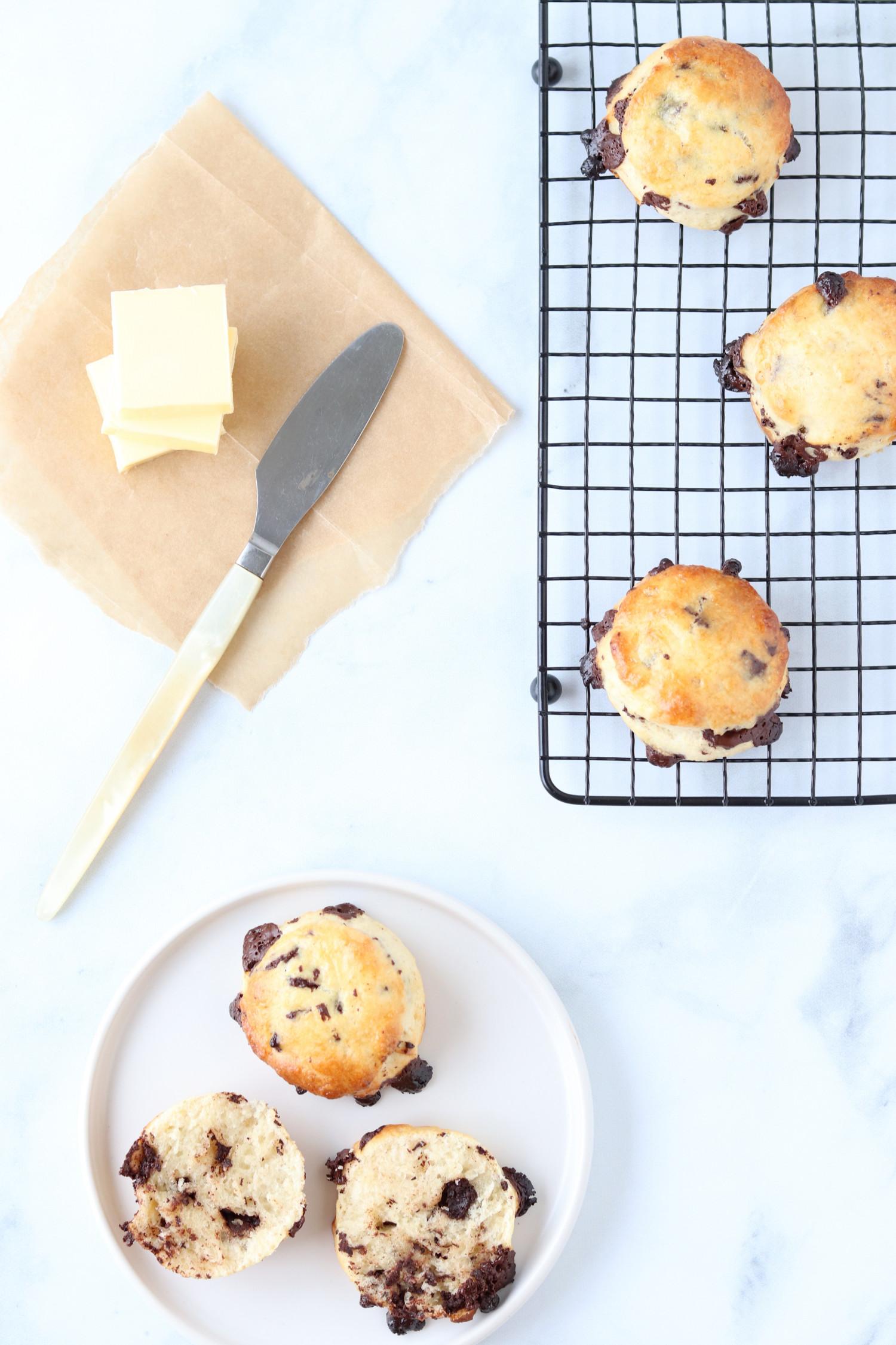 Hjemmelavede chokoladescones er nemme og hurtige at lave - opskrift på chokoladescones ala Beksemad