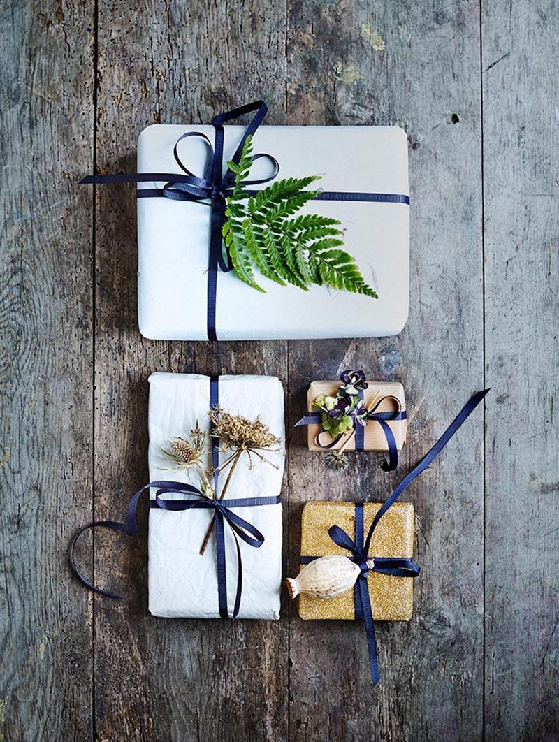 Diy Botanisk julegaveindpakning foto Martin Sølyst Idé og Styling Dorthe Kvist Meltdesignstudio  (2)