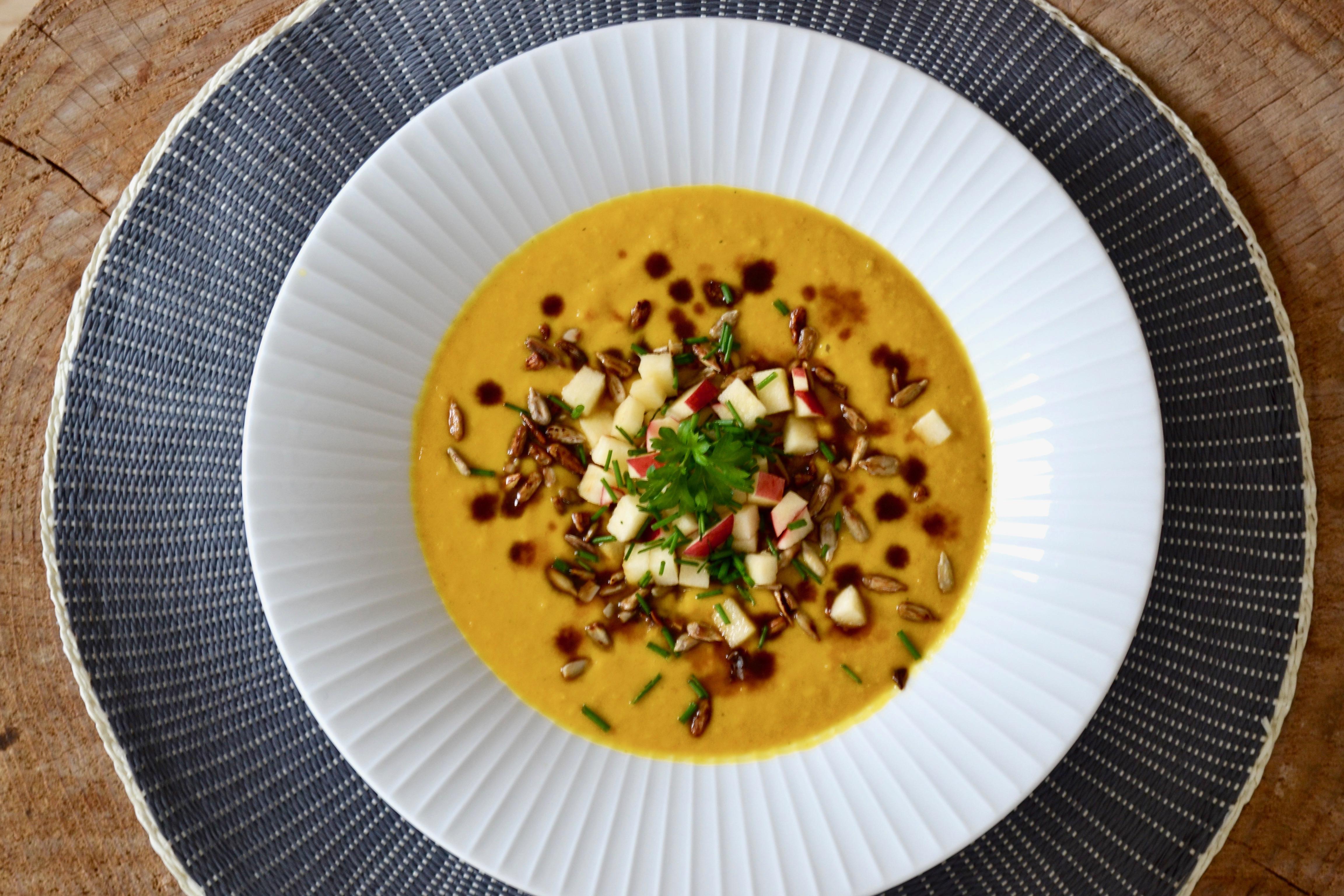 Gulerodssuppe med karry