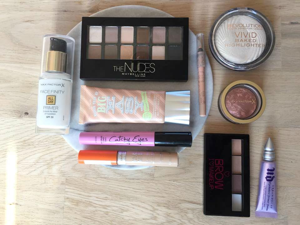 Camping bits - the makeup