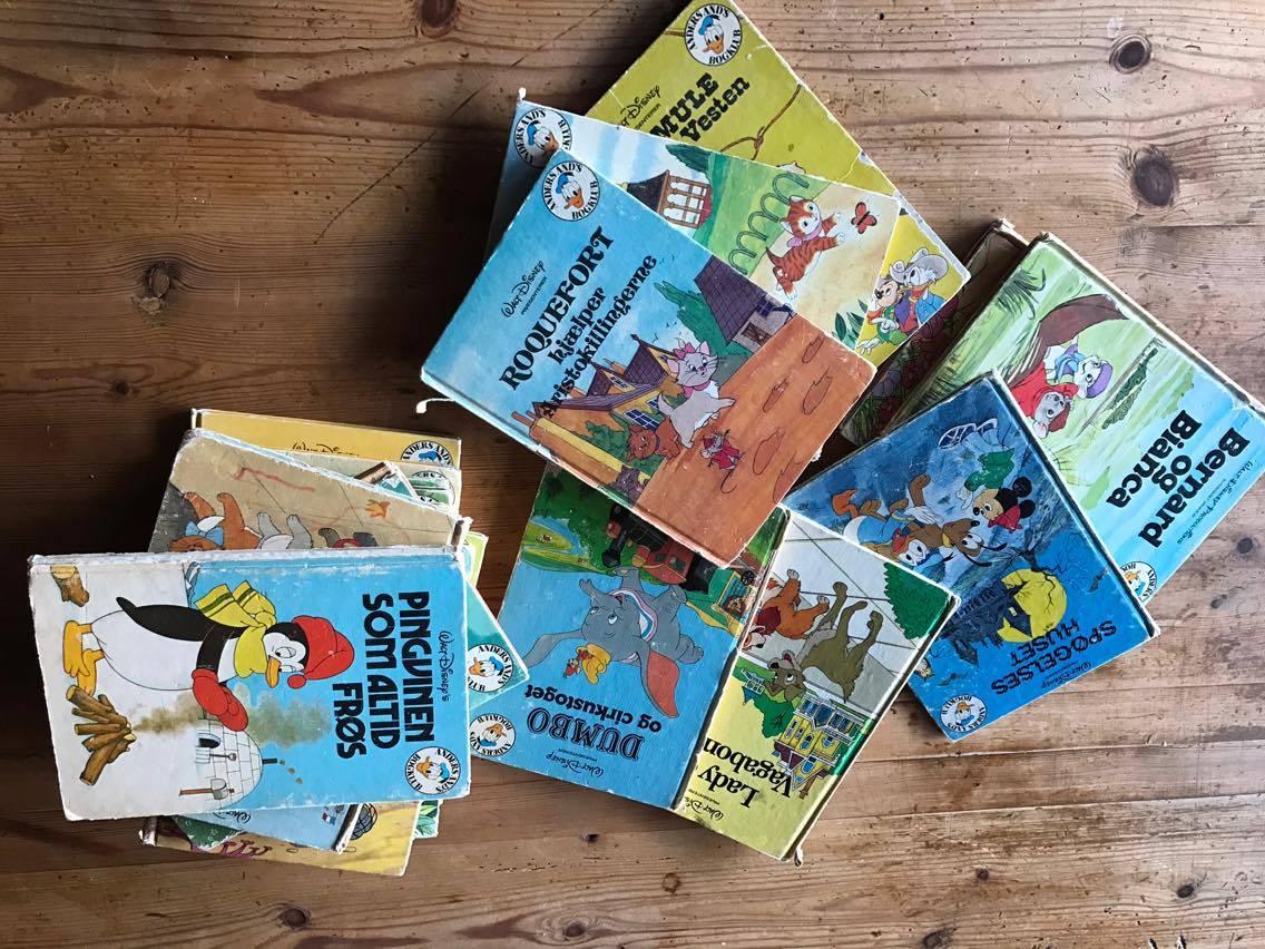 Man blivet helt nostalgisk med de gamle børnebøger.