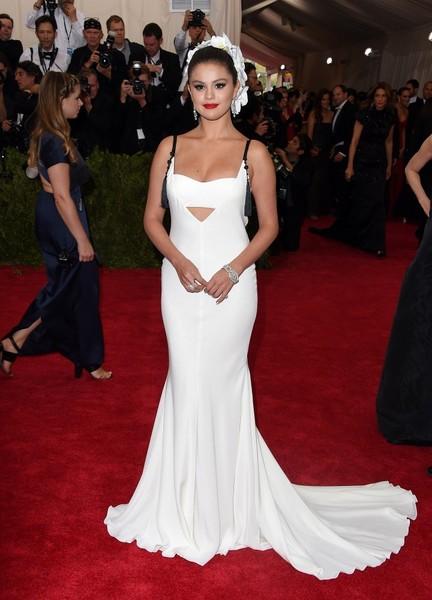 Selena+Gomez+Met+Gala+2015+Arrivals+2WjfU8iPzSNl