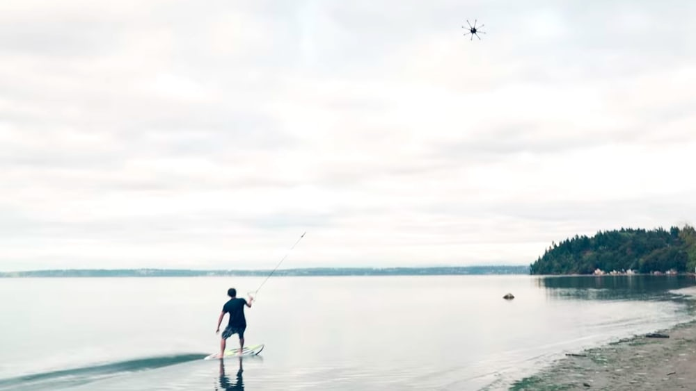 drone-surfing-3