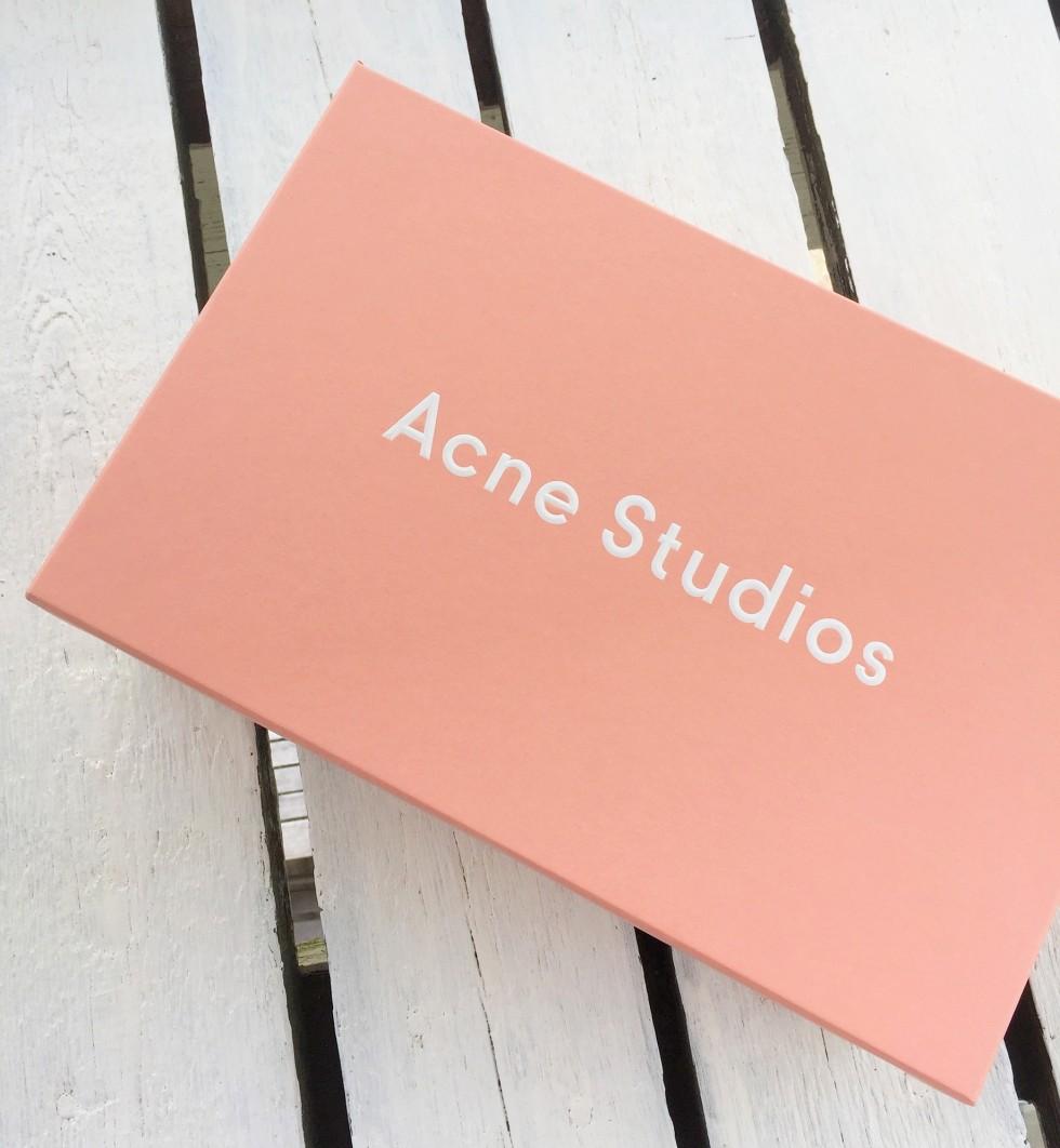 acne box