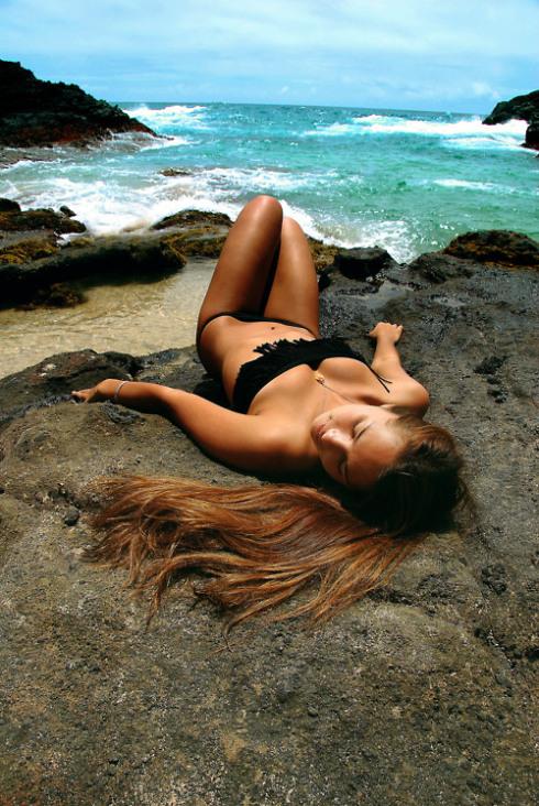 bikini-girl-3