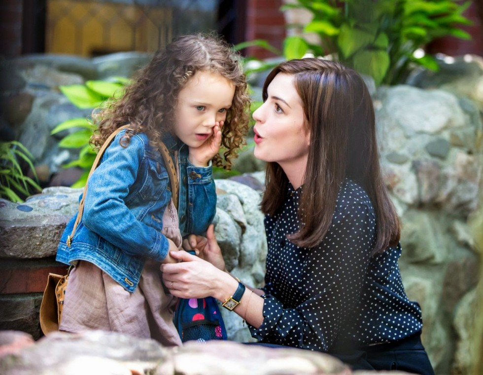Anne-Hathaway-The-Intern-Movie-Set (1)