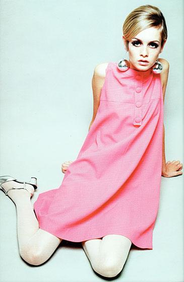 1960-s-Fashion-retro-fashion-26540297-365-560