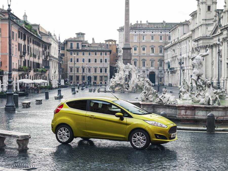 Vind en Ford Fiesta i 24 timer + 10.000 kr!