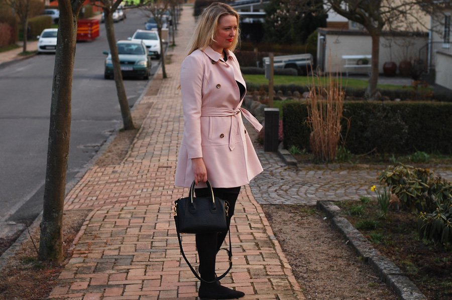 New pink trenchcoat
