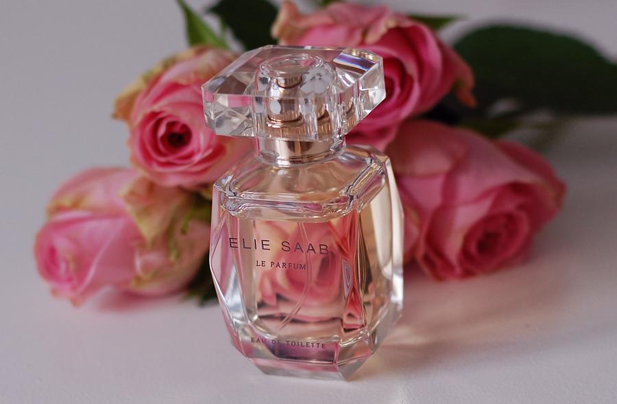 Ny parfume: Elie Saab