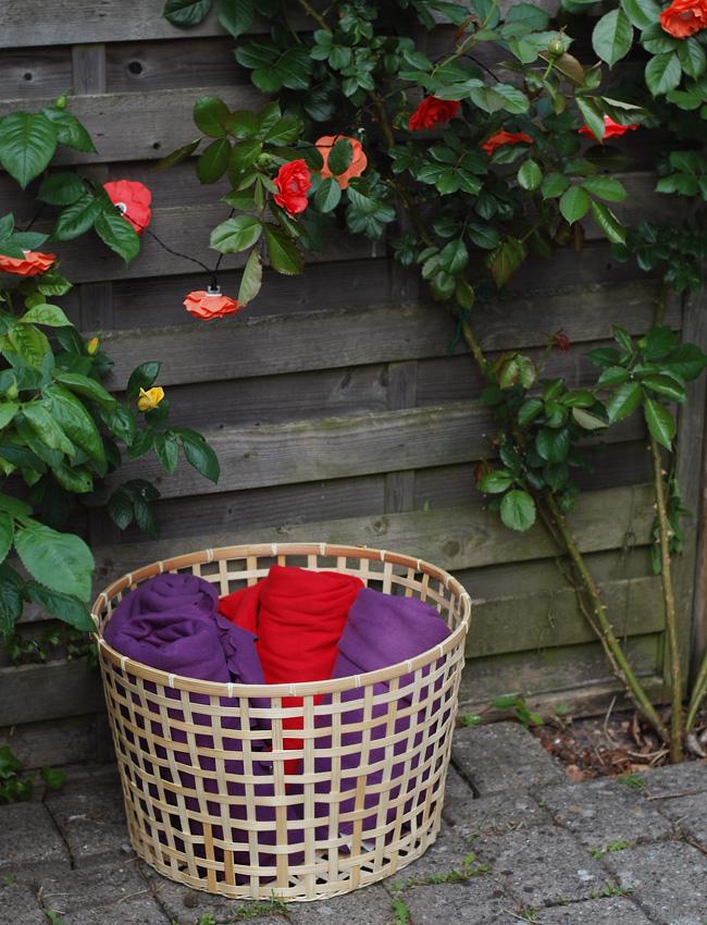 photo havefest-fleece-tapper-lysekade-med-blomster-kurv-ikea-fra-missjeanett-blogger-inspiration-til-ideer-studenterfest-sommerbry_zpsioygur1t.jpg
