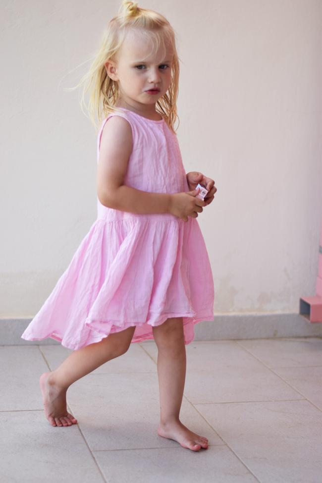 photo bella-wheat-kjole-pink-lyserod-missjeanett-blogger-morblogger-ferie-outfits-sommerkjole-ss15_zpstnbmalww.jpg