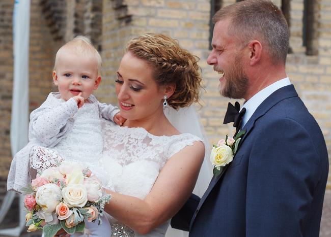 photo weekend-bryllup-ak-ais-annekathrine-brudekjole-missjeanett-blogger-morblog-odense-fredens-kirke_zpsivbailkc.jpg