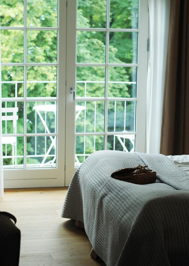 photo weekend-stella-maris-room-med-udsigt-vandet-til-varelse-missjeanett-bryllup-suite_zpsgo2mrz9h.jpg