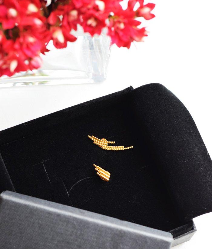 maria-black-crescent-earring-gold-guld-orering-siren-missjeanett-blogger-smykker-gave