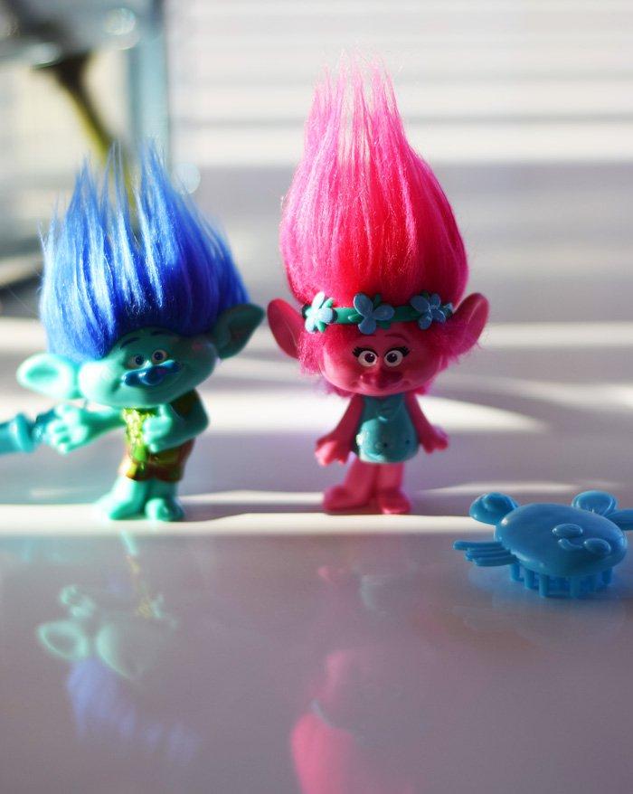 poppy-branch-kvist-trolls-noglering-til-adventsgaver-trolde-toys-r-us
