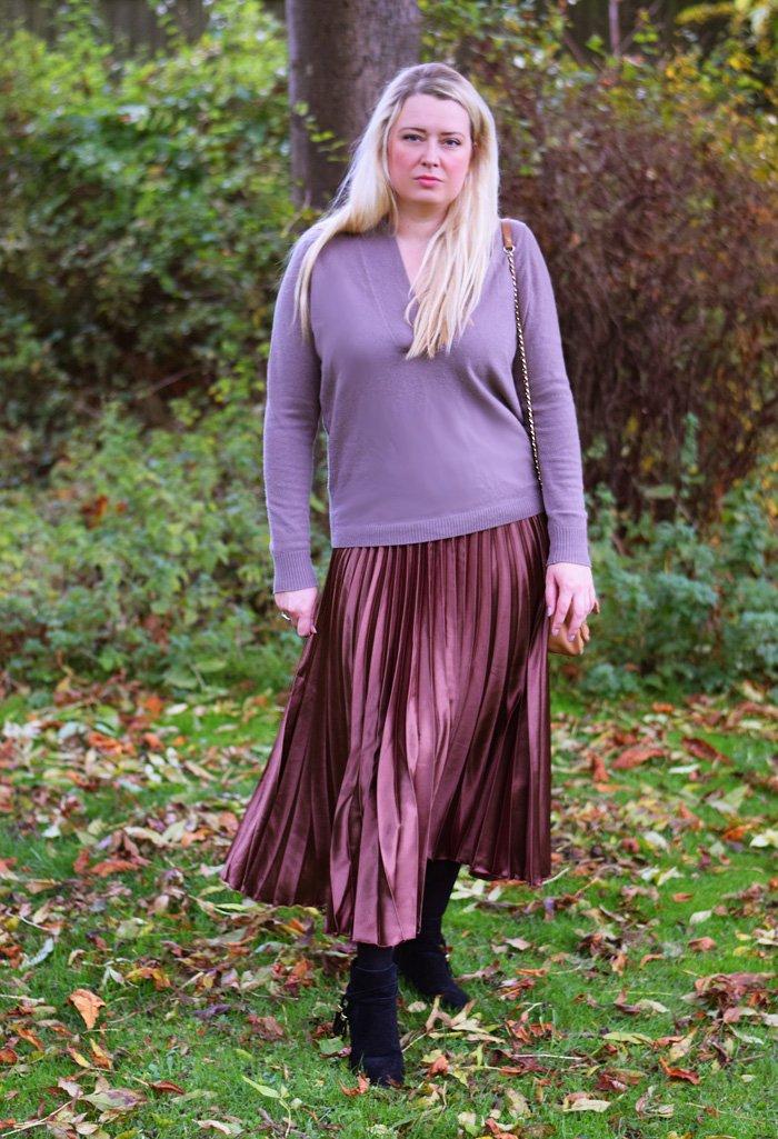outfit-autumn-in-denmark-pleaded-skirt-asos-nederdel-plisseret-cashmere-knit-white-kashmir-strik-missjeanett