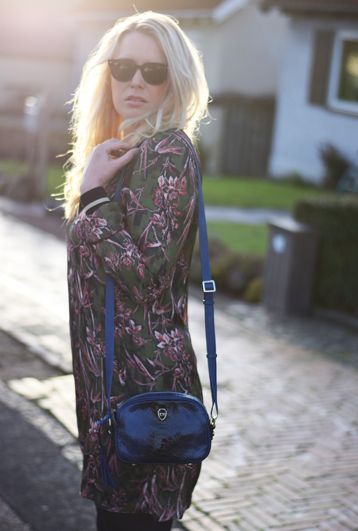 outfit-tropical-kjole-asos-tall-dress-collection-kollektion-missjeanett-blogger-fra-odense-odensebloggers-leowulff-bag-blue-african