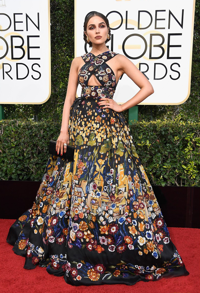 olivia-culpo-zuhair-murad-golden-globes-2017-folklore-red-carpet