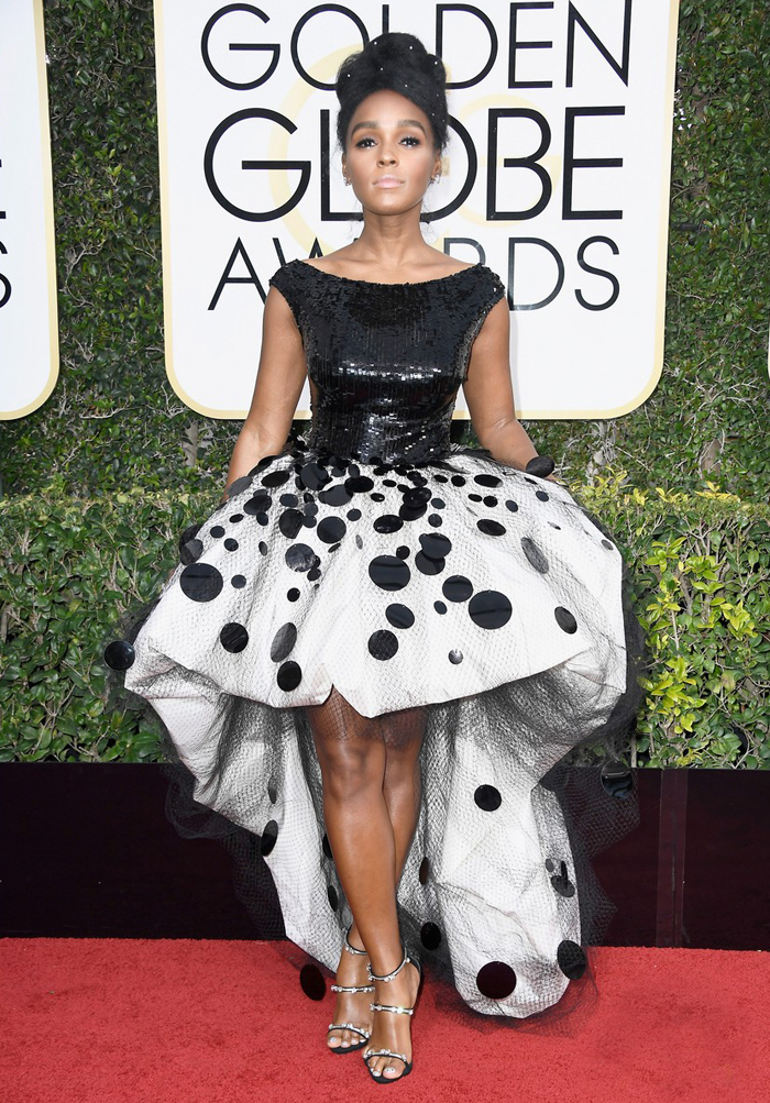 janelle-monae-golden-globes-2017-worst-dressed-armani-prive-moonlight