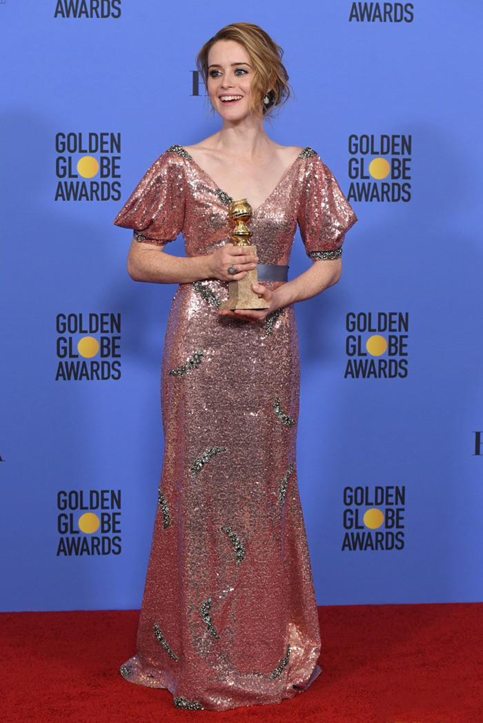 claire-foy-best-actress-golden-globes-2017-winner-the-crown-erdem