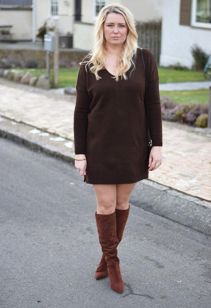 outfit-brun-strik-kjole-asos-ruskinds-stovler-missjeanett-blogger-drevsfeldt