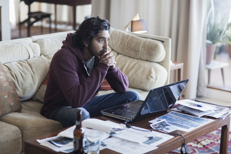 lion-movie-dev-patel-saroo-google-earth-true-story-photos-pictures-billeder