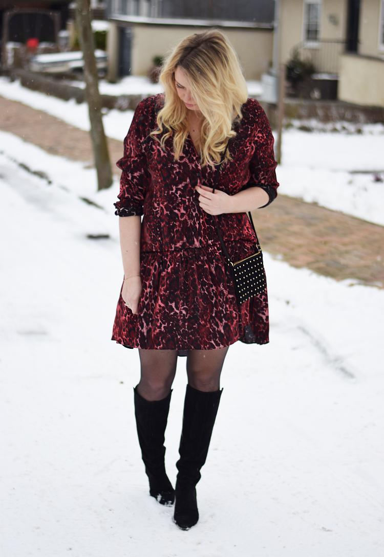 outfit-i-snevejr-missjeanett-blogger-fra-odense-reclaimed-vintage-dress-red-leopard-print-shiny-asos-bag-i-februar-2017