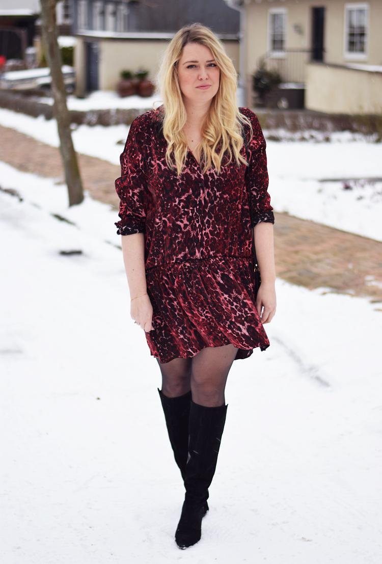 outfit-i-snevejr-reclaimed-vintage-dress-print-kjole-missjeanett-blogger-fra-odense-februar-2017