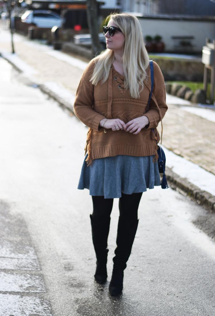 outfit-moon-river-knit-missjeanett-blogger-fra-odense-strik-asos-gestuz-boots