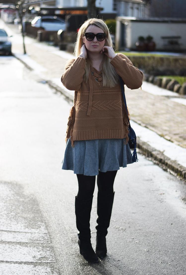 outfit-moon-river-knit-strik-asos-wool-skirt-missjeanett-blogger-fra-odense-storste-i-celine-solbriller-odensebloggers