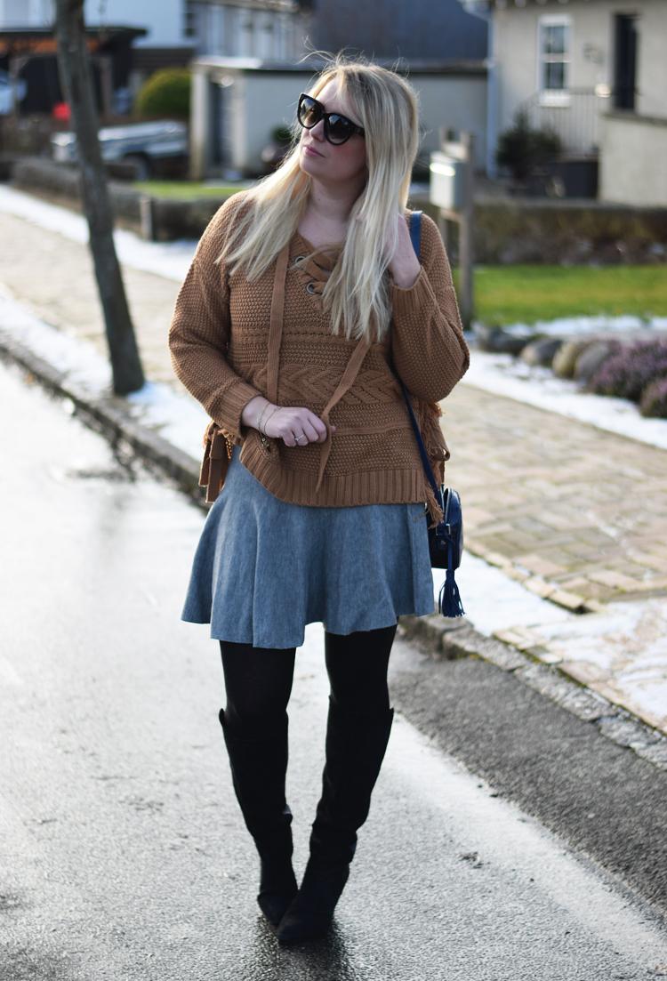 outfit-moon-river-knit-strik-missjeanett-asos-gestuz-boots-celine-solbriller-blogger-jeanett-drevsfeldt