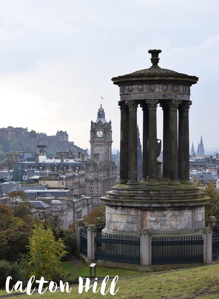 calton-hill-view-dugald-stewart-monument-edinburgh-scotland-skotland-unesco-world-missjeanett-blogger-guide-tekst